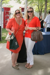 They've got to be besties or something! I love this shade of tangerine.