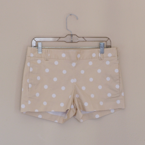 Elleword - thrifted beige polka dotted shorts, originally from J.Crew!