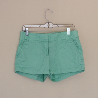 Elleword - thrifted mint colored shorts, originally from J.Crew!
