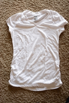 Elleword - can't go wrong with a white tee